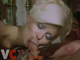 Retro blonde sucking