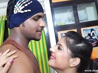 desimasala.co Tharki gym trainer romance with booby aunty
